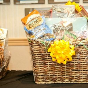 Gift Baskets & Fruit Bonquet